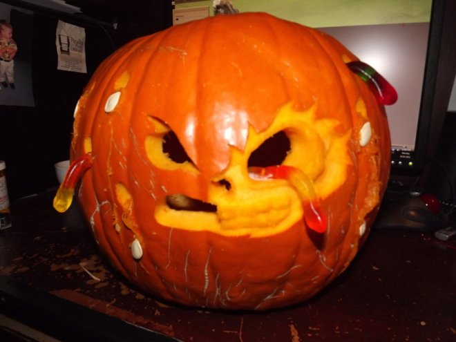 gummy_worm_zombie_pumpkin_by_kumagoro4ever-d4emgoa