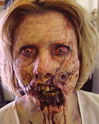 kiss me zombie