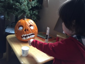 painting pumpkin eyes